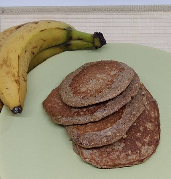 21 Day Fix Banana Oat Pancakes